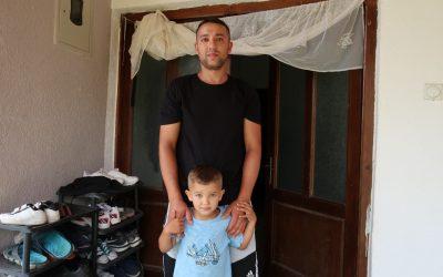 """""""Највећи проблем нам је влага и хладноћа."""" – у посети породици Лазаревић на Космету!"""