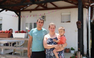 Pomoć za porodicu Petrović
