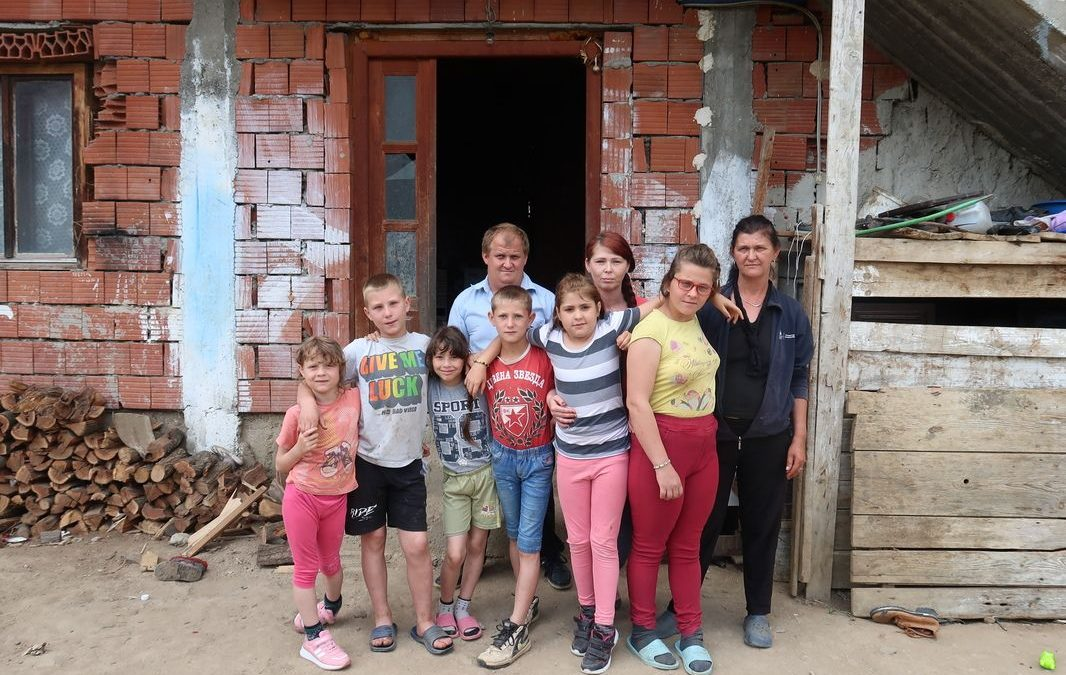 Апел за помоћ породици Стошић